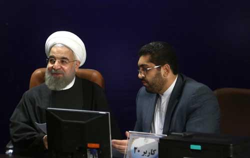 ثبت نام دکتر حسن روحانی در انتخابات خبرگان رهبری
