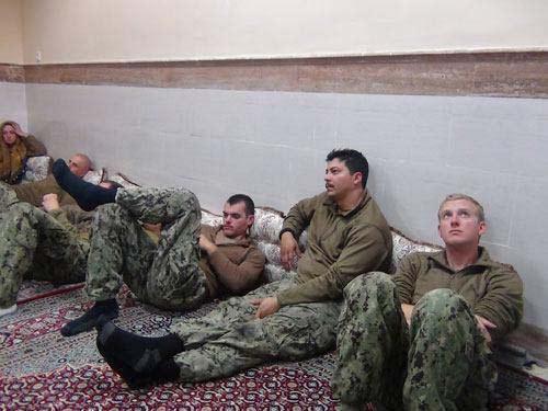 اخبار دستگیری و روند آزادی تفنگداران آمریکایی در خلیجفارس+عکس