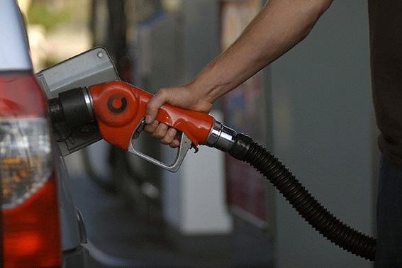 آیا قیمت بنزین در سال 95 افزایش پیدا می کند؟