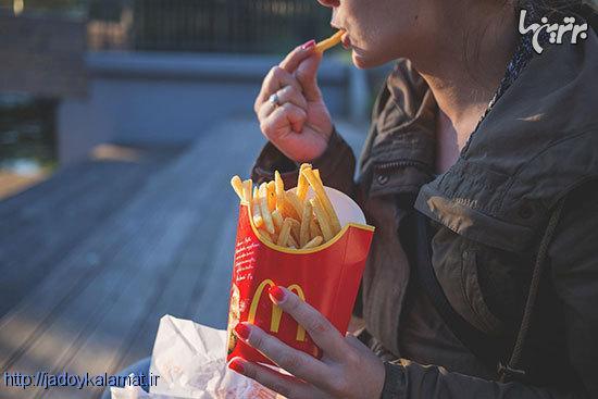 چرا نمیتوانیم جلوی عادتهای بدمان را بگیریم؟