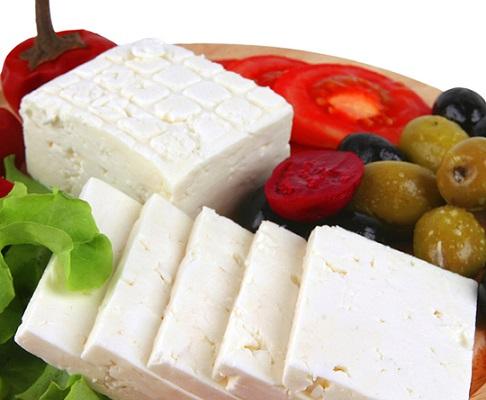 خوردن نان و پنیر در صبحانه و دلایل مخالفت ابن سینا + عکس