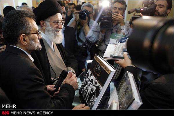 تصاویر و اخبار بازدید رهبر انقلاب اسلامی از نمایشگاه کتاب